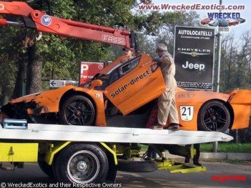 Аварии самых дорогих автомобилей - фото 13
