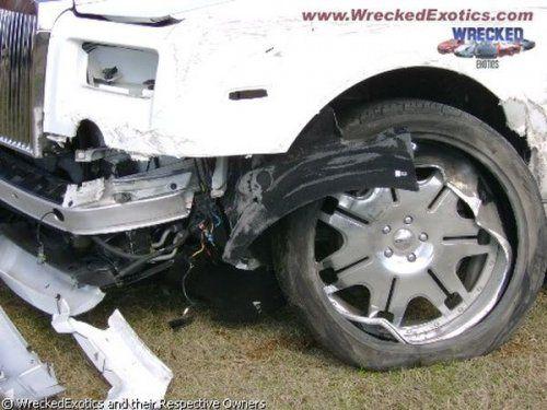 Аварии самых дорогих автомобилей - фото 10