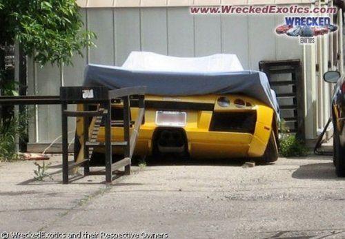 Аварии самых дорогих автомобилей - фото 31