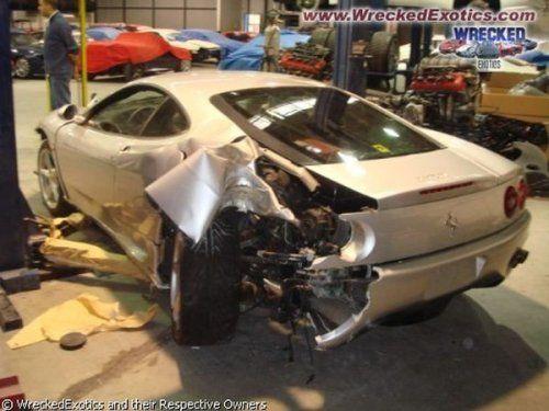Аварии самых дорогих автомобилей - фото 24