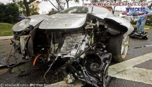 Аварии самых дорогих автомобилей - фото 20