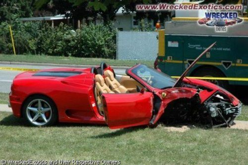 Аварии самых дорогих автомобилей - фото 17