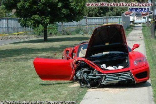 Аварии самых дорогих автомобилей - фото 18