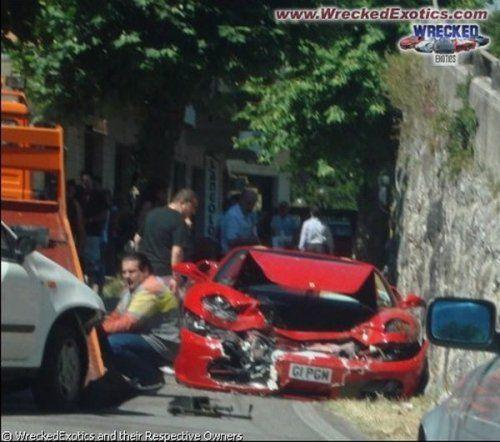 Аварии самых дорогих автомобилей - фото 37