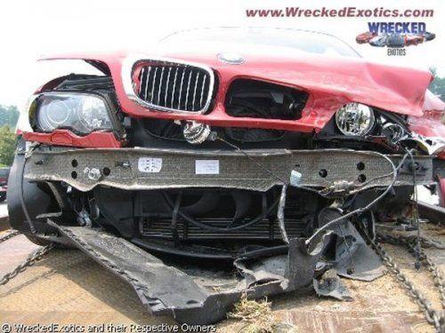 Аварии самых дорогих автомобилей - фото 33