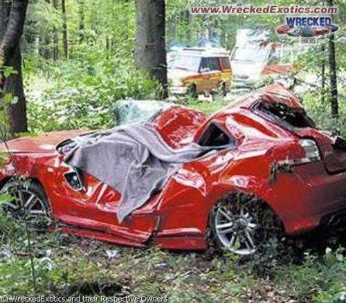 Аварии самых дорогих автомобилей - фото 21