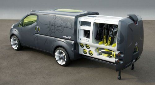 Nissan показал NV200 Concept - фото 7